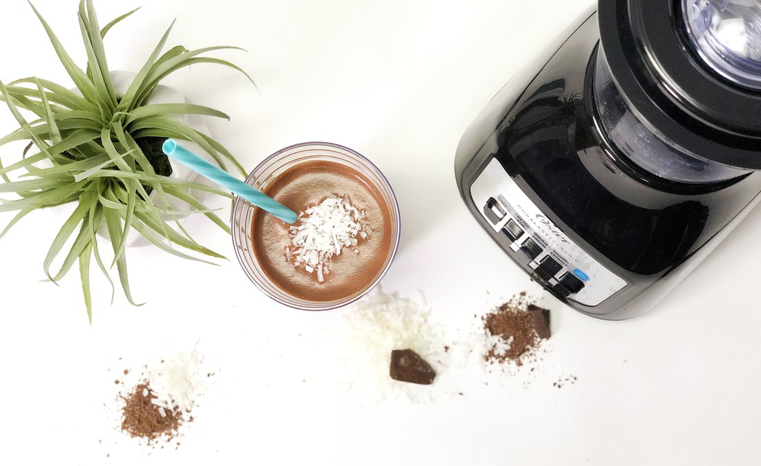 Lean Chocolate Coconut Shake.jpg