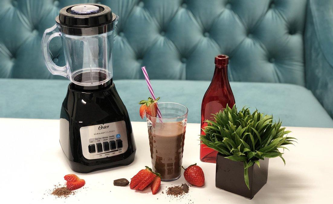 Lean Chocolate Strawberry Shake.jpg